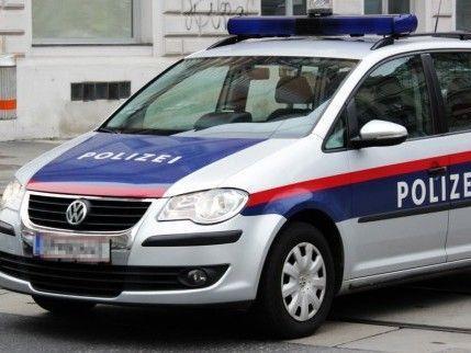 Ein betrunkener Mann verursachte am Sonntag einen Verkehrsunfall auf der Taborstraße.