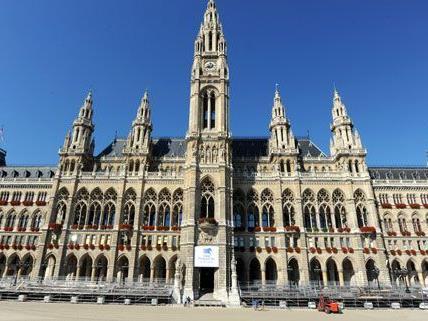 Laut derzeitigen Plänen wird das Wiener Rathaus bis 2023 saniert.