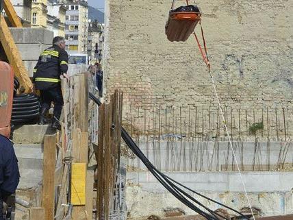 Arbeitsunfall in Wien: Mann mit Kopfverletzungen ins Spital