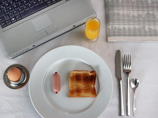 Frühstück und Arbeit lassen sich in manchen Lokalen bestens verbinden