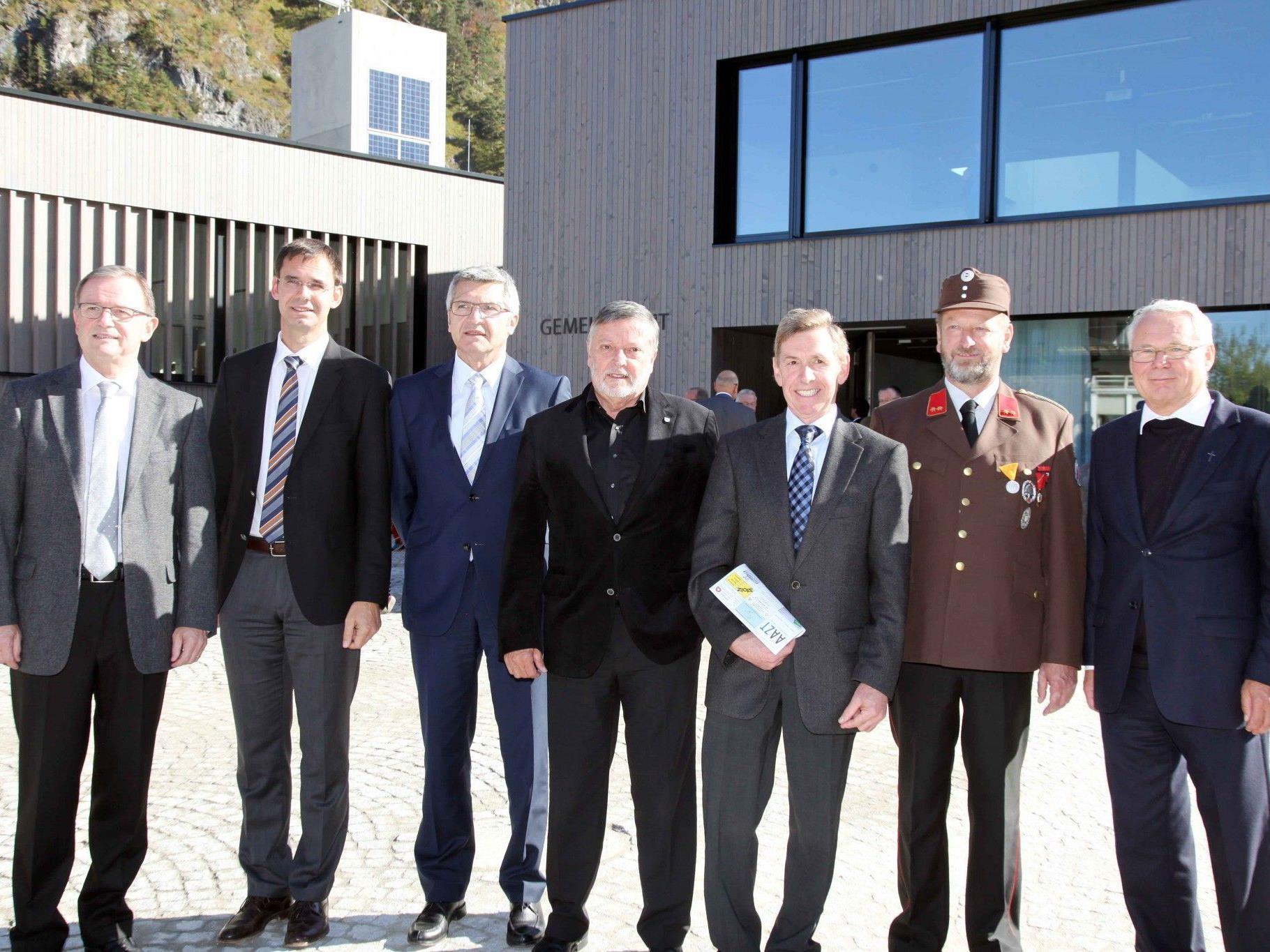 Das neue Gemeinde-Zentrum Lorüns wurde im Beisein zahlreicher Gäste feierlich eröffnet.