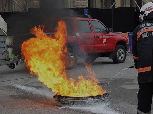Schon am Donnerstag waren die Zuschauer beim Sicherheitsfest Feuer und Flamme