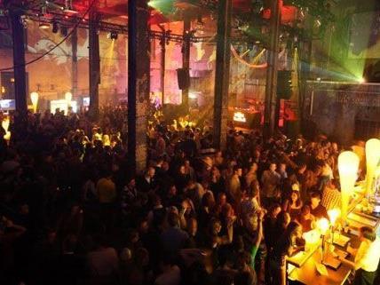 1,650 gäste waren bei der Party in der Ottakringer brauerei am Samstag dabei.