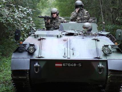 Die Wehrpflicht-Debatte und die Volksbefragung prägen heuer den Nationalfeiertag.