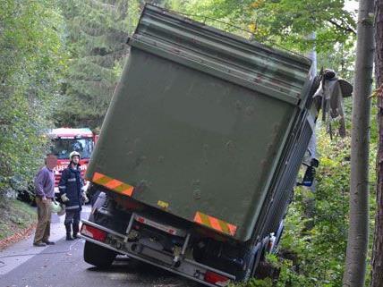 Ein schwerer Unfall konnte durch das schnelle Ausweichen des LKW-Lenkers verhindert werden.