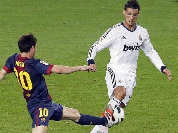 Kampf der Giganten: Christano Ronaldo gegen Lionel Messi