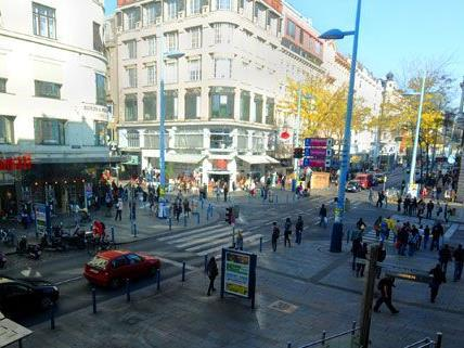 Bei der Umgestaltung der Wiener Mariahilfer Straße gehen auch Parkplätze verloren.