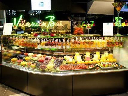 Am Hohen Markt eröffnet Merkur seinen ersten und vorerst einzigen Flagship Store.