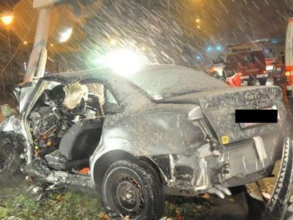 Drei Personen wurden bei dem Unfall am Wiener Gürtel verletzt.