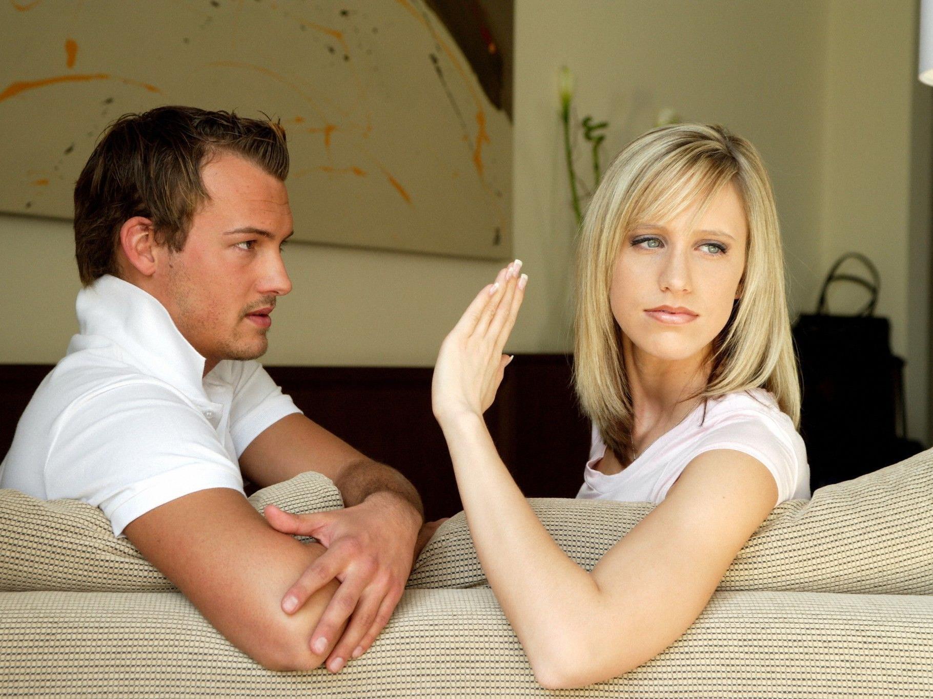 Frauen üben an fruchtbaren Tagen stärker Partnerkritik.