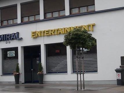 Dieses Wettlokal in Wiener Neustadt wurde in der Nacht auf Dienstag überfallen.