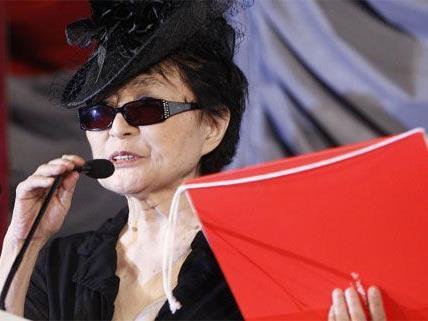 Yoko Ono kommt im Namen der künstlerischen Bildung nach Wien.
