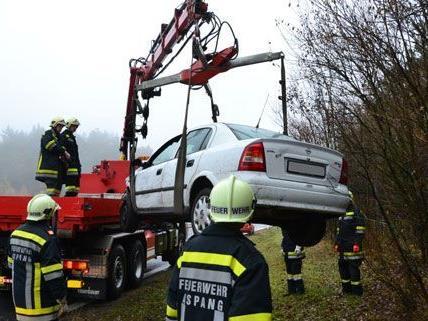 NÖ/ Bez. NK: Verkehrsunfall auf der A2 im Wechselabschnitt