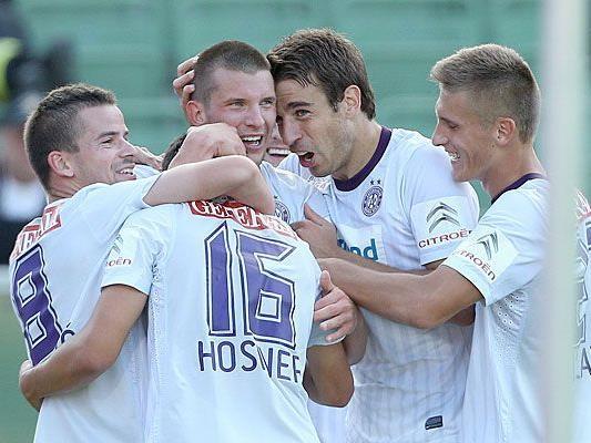 Jubel bei Austria Wien nach dem 4:2-Sieg gegen Mattersburg am 16. September 2012