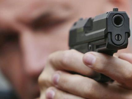 Mit einer Gaspistole bedrohte Dejan S. zwei Fußgänger in Ottakring.