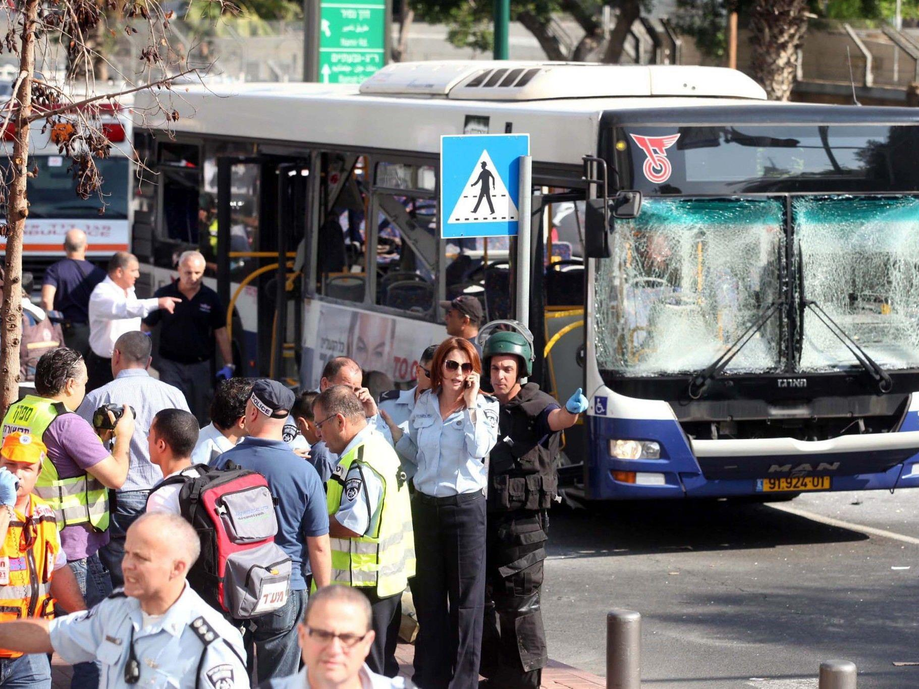 21 Verletze bei Bus-Explosion