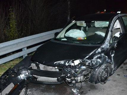 Am Dienstagabend verursachte ein Geisterfahrer auf der A2 einen Unfall.