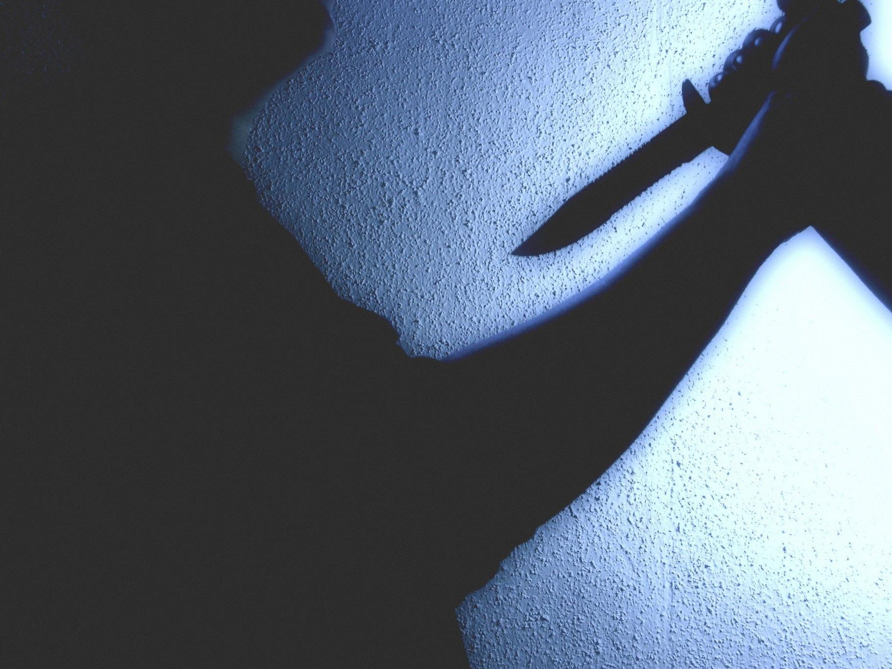 Gegen 22.00 Uhr konnte der Messerstecher festgenommen werden.