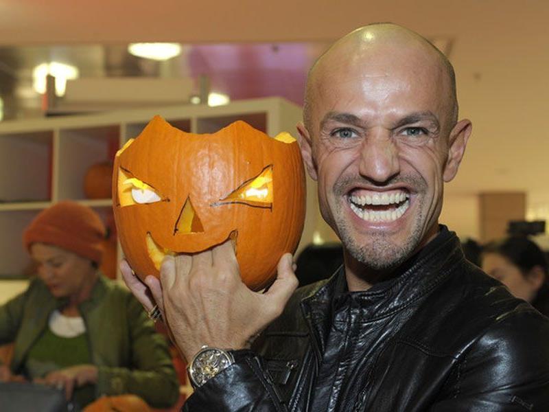Peyman Amin betitelt Heidi als Zombie kurz nach Halloween. Zufall?
