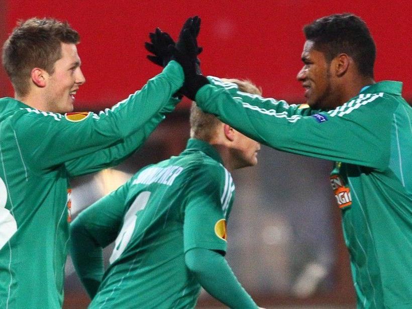 Rapid und Peter Schöttel sind nach dem Sieg in der Europa League sichtlich erleichtert.