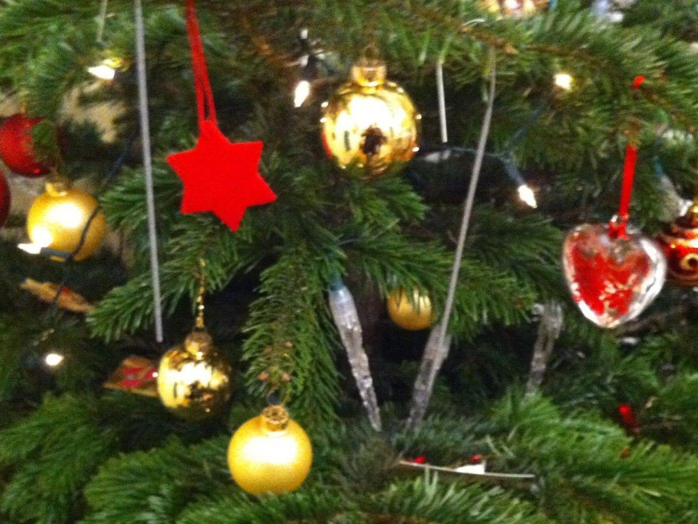 Regina Kail-Urban hat zwei Wiener Weihnachtsmänner getroffen
