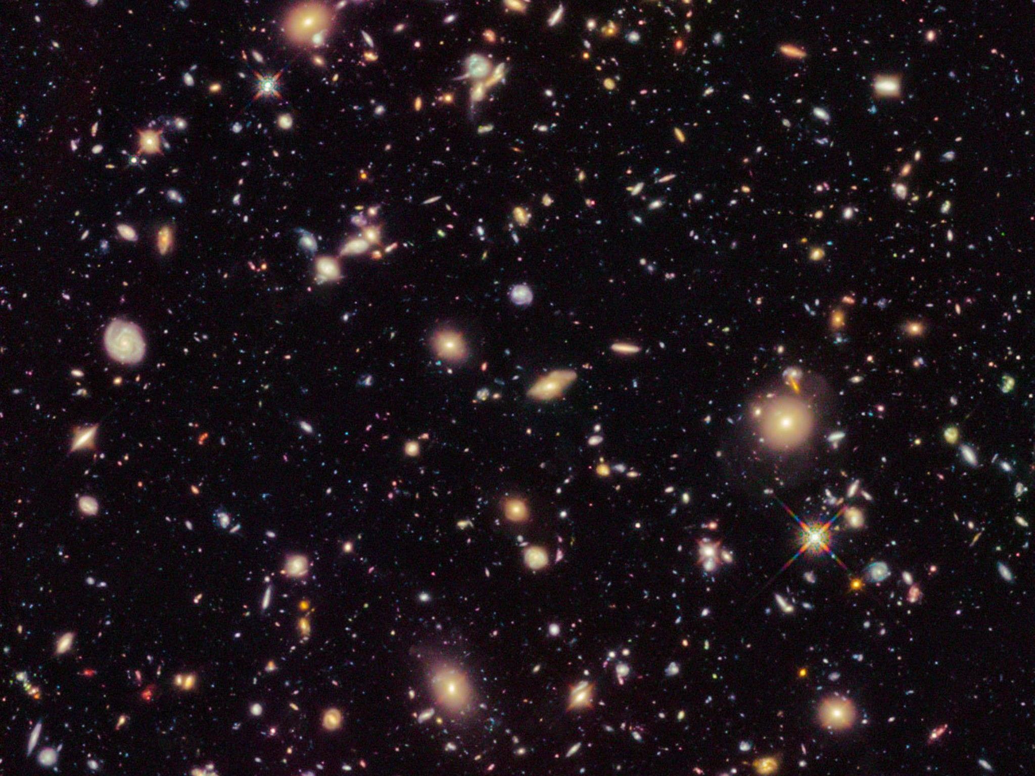 Galaxien Gehören zu ältesten und am weitesten entferntesten je gesichteten