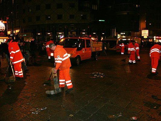 Wien ist auch nach Silvester bald wieder top-sauber - dank den MA 48-Putztrupps