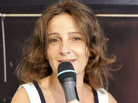 Wiener Linien-Stimme Angela Schneider in Aktion
