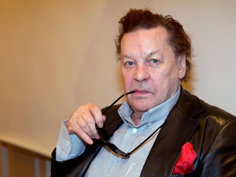 Der österreichische Schauspieler wird in das RTL-Dschungelcamp gehen.