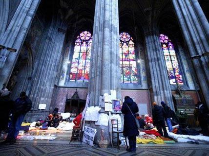 Die Flüchtlinge in der Wiener Votivkirche suchen den Dialog mit der Politik.
