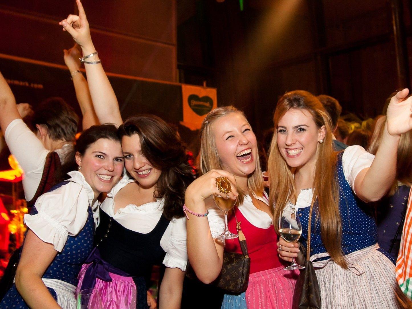 Wir verlosen 1x2 Tickets für den Steirerball am 11.1.2013 in der Wiener Hofburg.