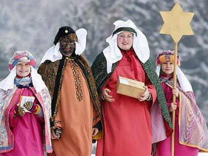 Die Sternsinger sammeln für notleidende Menschen weltweit.