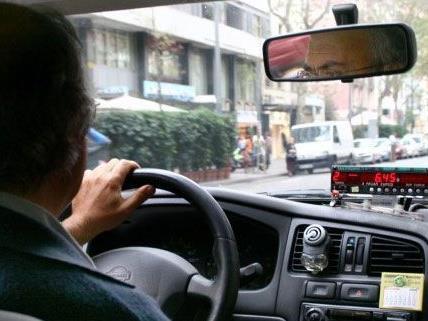 Versuchter Raub auf einen Taxifahrer in Wien-Landstraße.