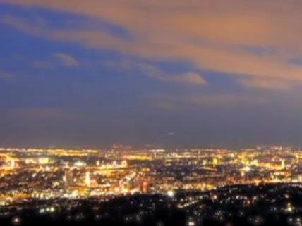 """Eine atemberaubende Aussicht auf Wien zeigt Alex Klims """"Vienna 24""""."""