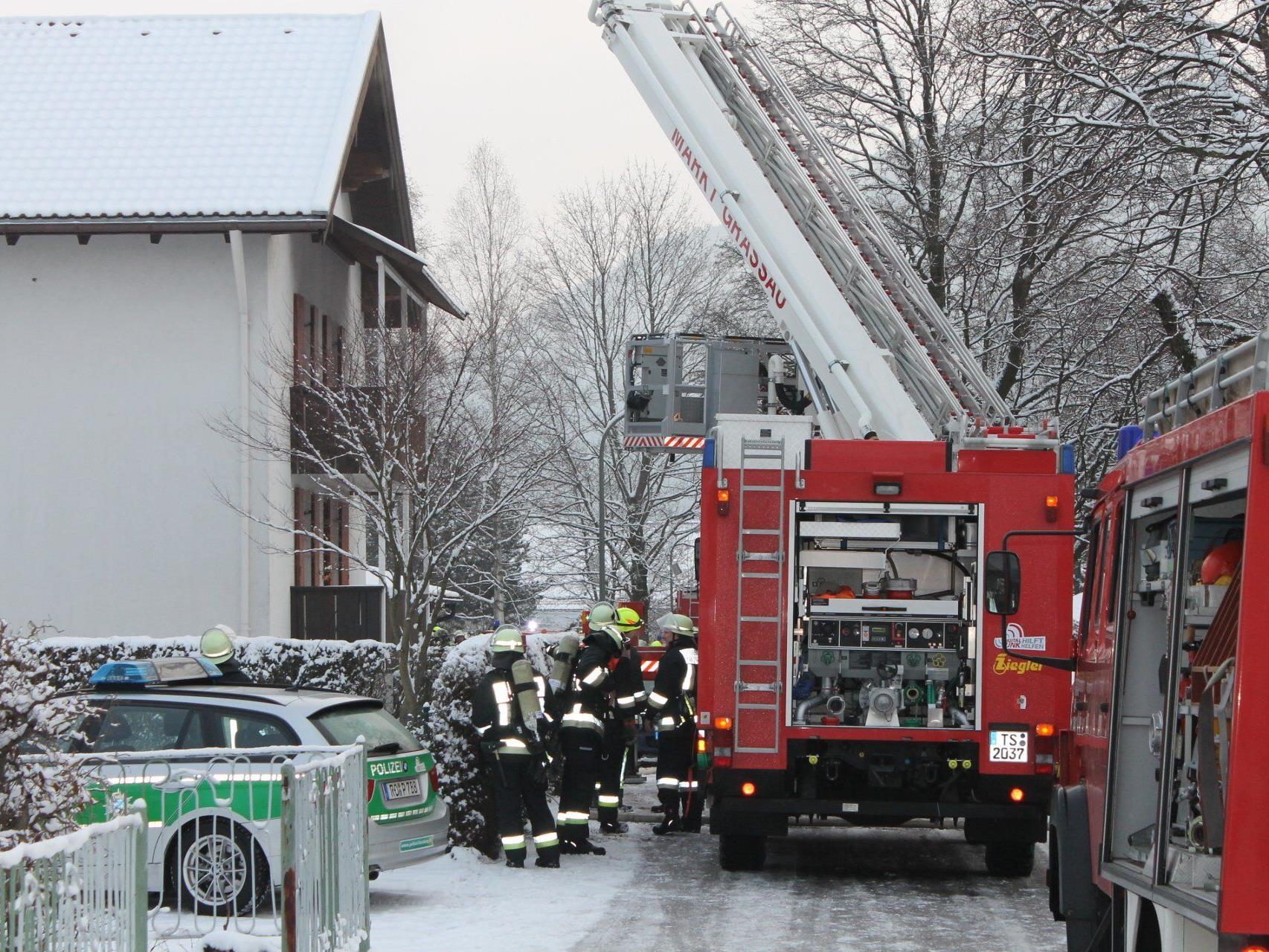 In einer der Wohnungen war Feuer ausgebrochen.