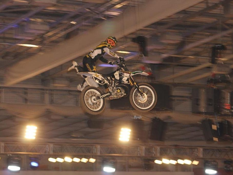 Die Fahrer begeisterten mit ihren atemberaubenden Stunts.