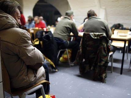 Kälte und Schnee in Wien: Neues Caritas-Notquartier am Wiedner Gürtel eröffnet