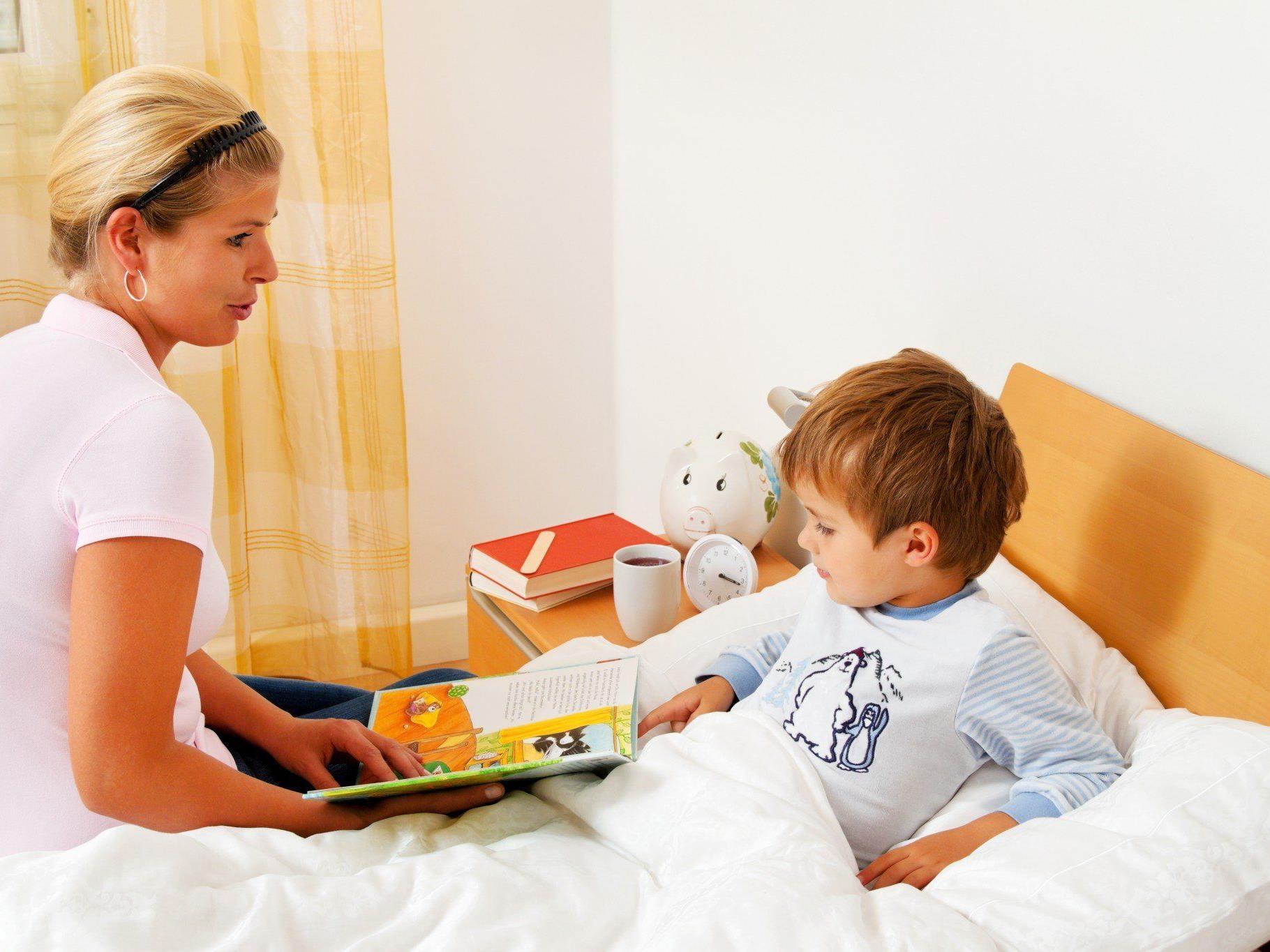 Gemeinsames Vorlesen steigert den Intelligenzquotienten bei Kleinkindern.