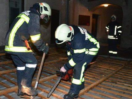 Am Donnerstag befand sich die Feuerwehr in Ternitz im Sturmeinsatz.