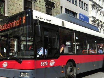 Taschendiebstahl im Bus 13A.