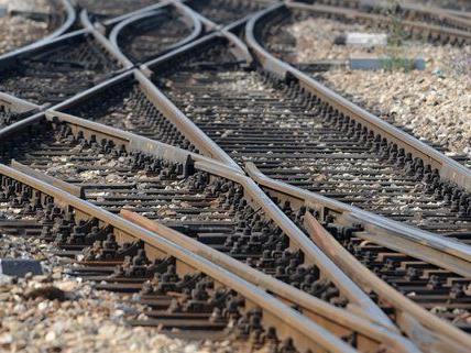 Gleisarbeiten am Westbahnhof führen zu Verkehrsturbulenzen.
