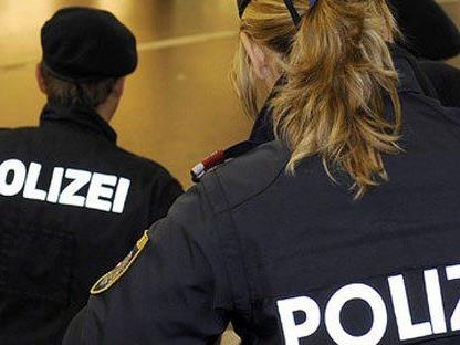 Widerstand gegen die Staatsgewalt in Wien - Fünfhaus, zwei Beamte verletzt