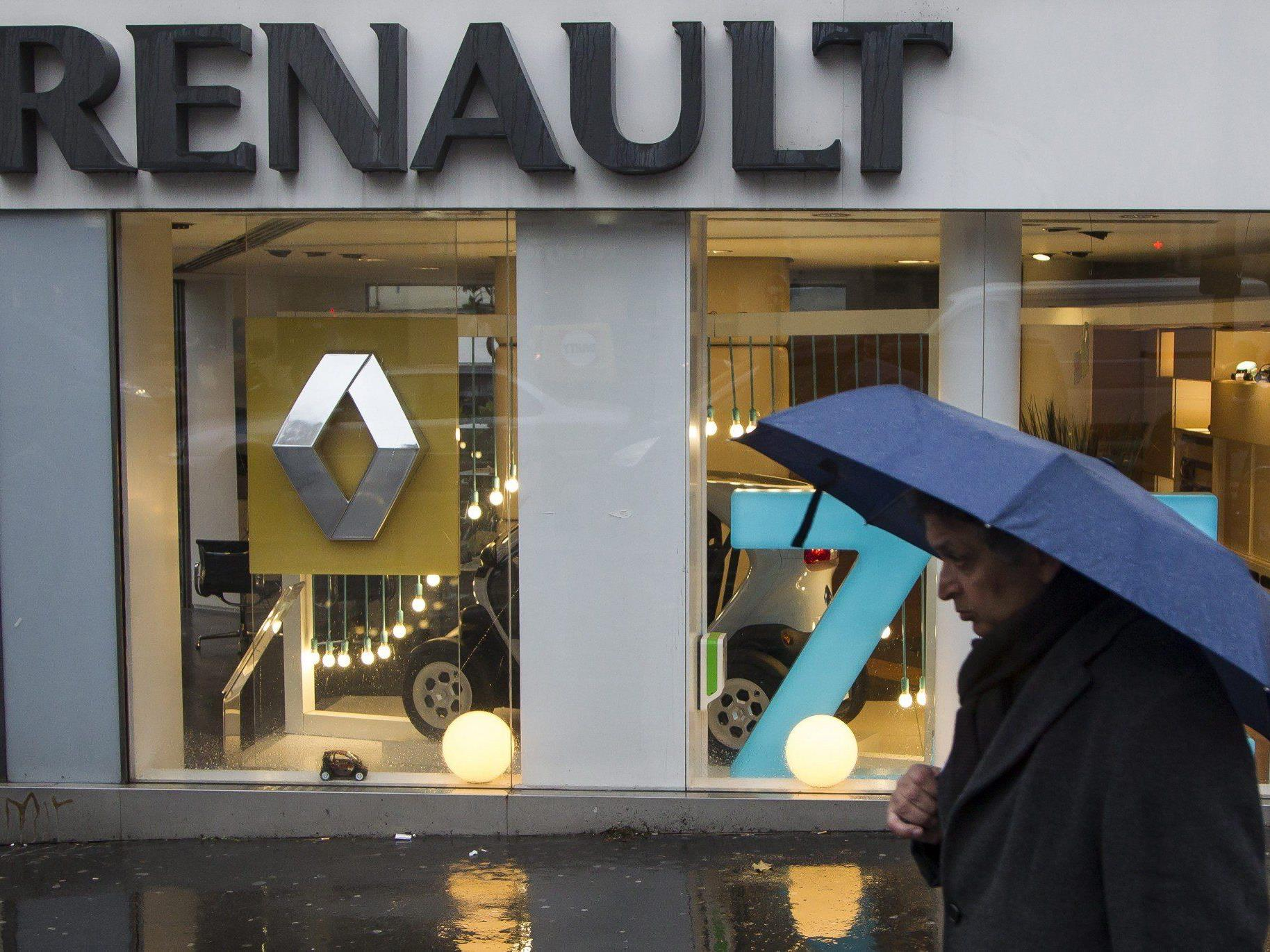 Renault steht im Regen - jetzt sollen die Arbeiter sparen.