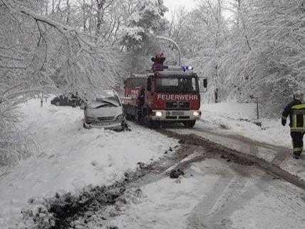 Am Montag ist es in Niederösterreich zu zahlreichen Unfällen gekommen.