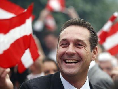 Heinz-Christian Strache möchte die Österreicher über einen EU-Austritt abstimmen lassen.