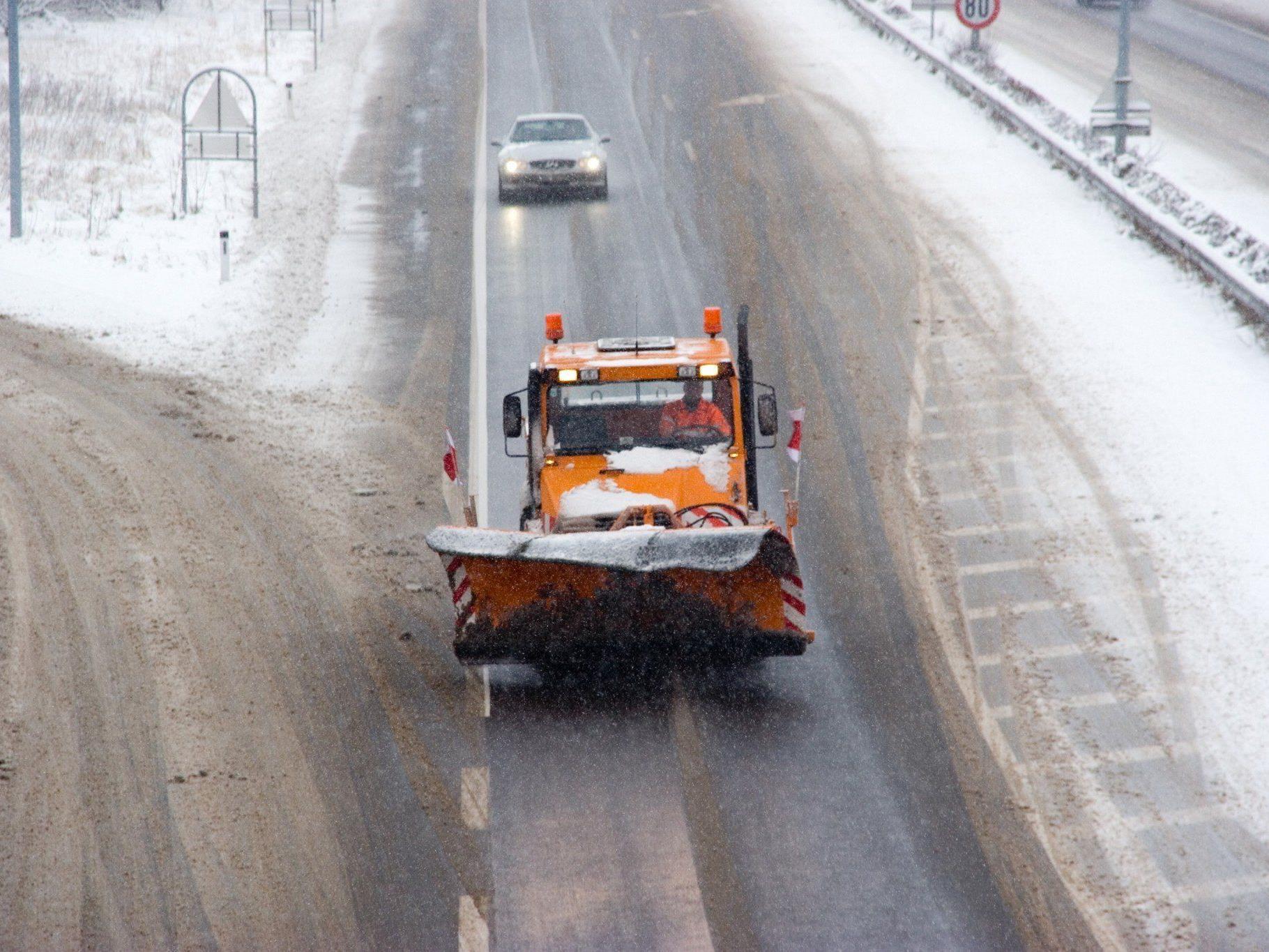 Die winterlichen Fahrverhältnisse sorgten für zahlreiche Verkehrsunfälle.