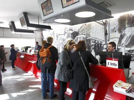 In allen Vorverkaufsstellen der Wiener Linien können alte Fahrscheine umgetauscht werden.