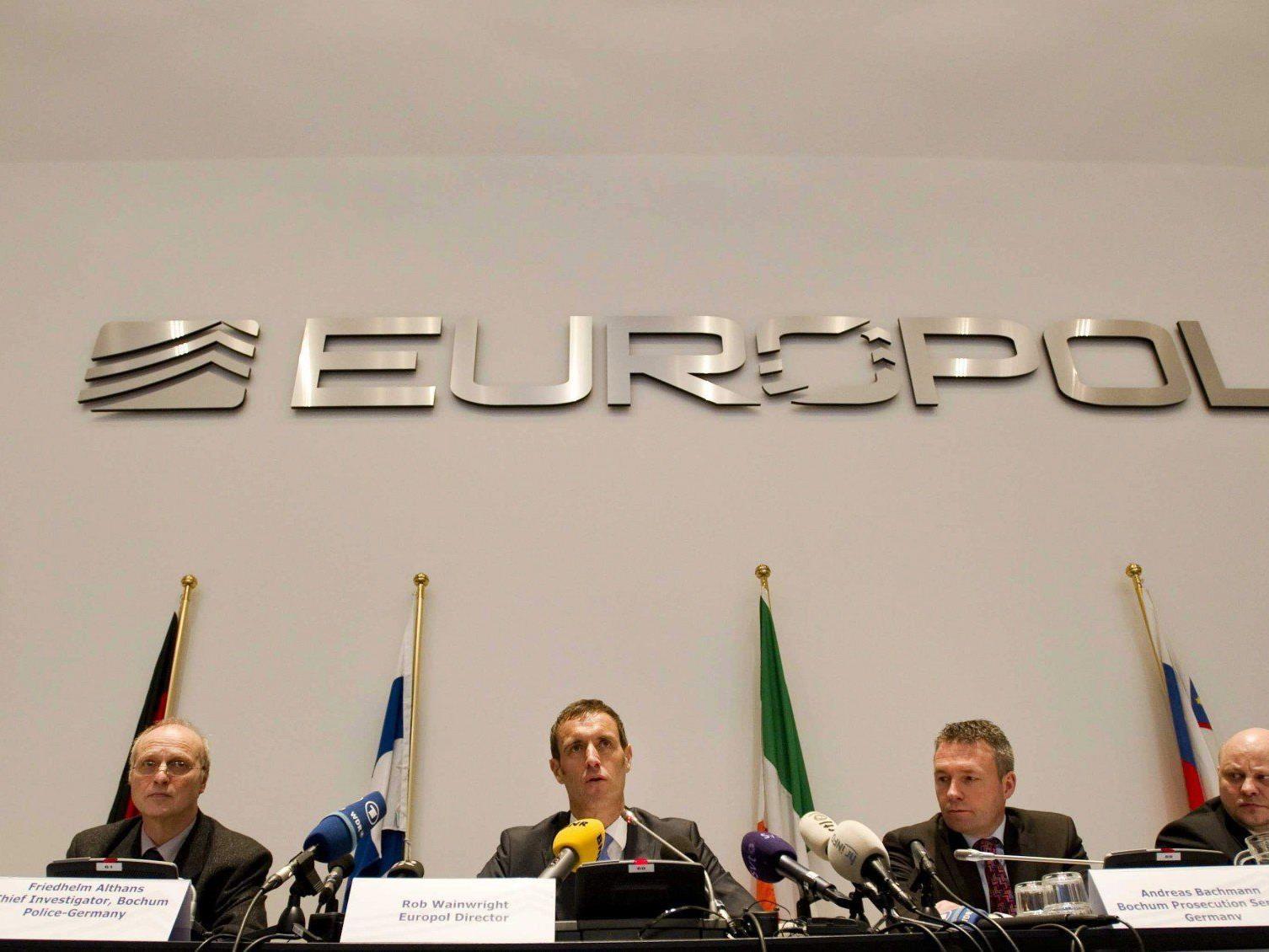 Die Europol hat rund 400 Spiele im Verdacht manipuliert worden zu sein.