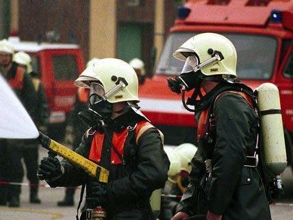 Die Feuerwehr musste zu einem Zimmerbrand in Himberg