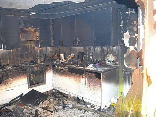 Verheerender Anblick nach Küchenbrand in Lindabrunn